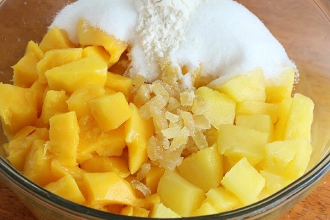 Mango Pineapple and Ginger Smoothie