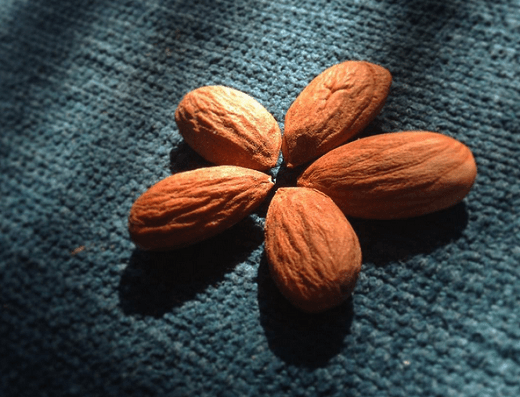 almond 5 - Everything You Need To Know About Almonds for Weight Loss