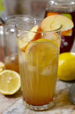 detox cleanse with apple cider vinegar