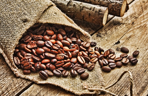 Image 1 2 - All You Need To Know About Using Coffee Scrubs For Cellulite
