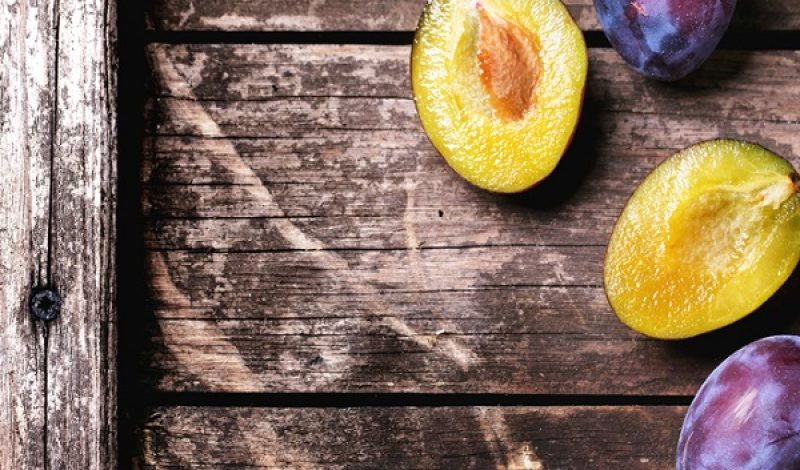 Five Ways Organic Plums Can Benefit Your Health – Infographic