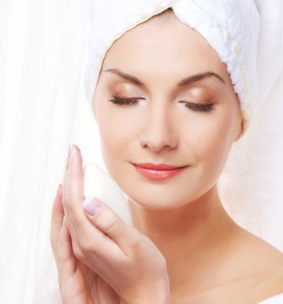 Your Guide To Picking The Best Moisturiser For Oily, Acne Prone Skin