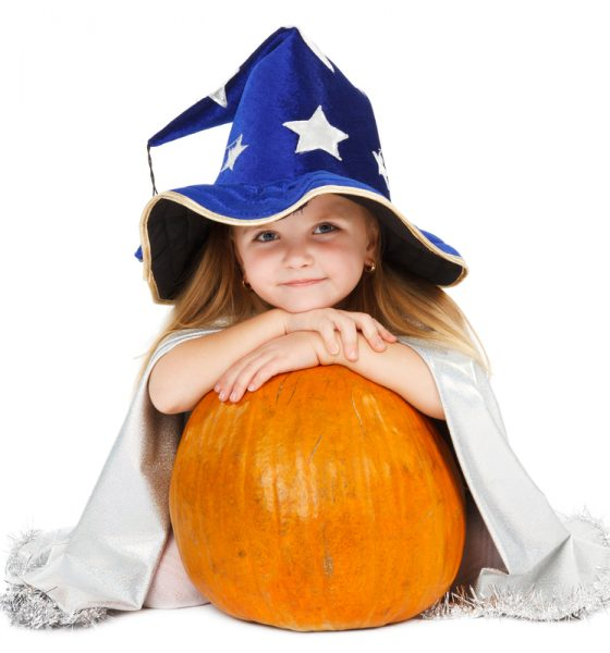 The Ultimate Round Up of Healthy Sugarless Snack for Your Kids this Halloween