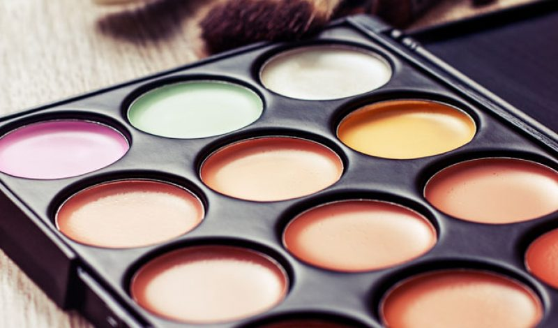 Makeup Buys for Every Beginner – Infographic