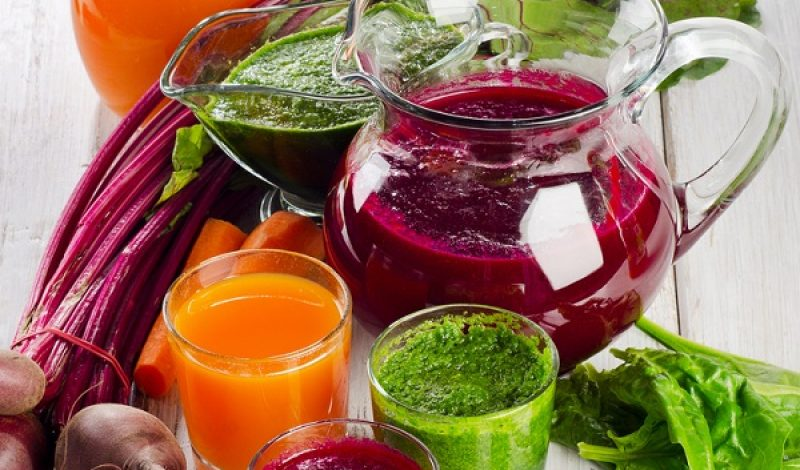 Juice or Smoothie: Which One Is Healthier? – Infographic