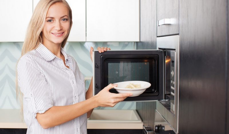 The Ultimate List of Healthy Microwave Meals When Traveling