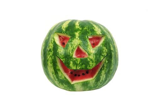 subhead 7 5 - 7 Ways To Make Fruits A Good Halloween Treat