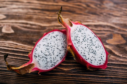 Cutting the Dragon Fruit - 12 Methods Dragon Fruit is Good for Your Physique